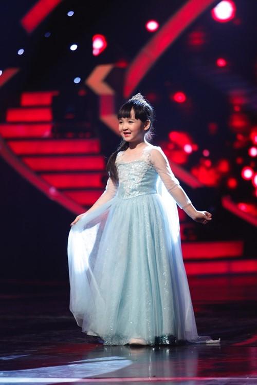 Con gái Trang Nhung tiến thẳng Chung kết Vietnam's got talent - 1