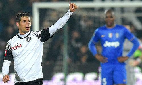 Tiêu điểm Serie A V23: Những gương mặt nhợt nhạt - 1