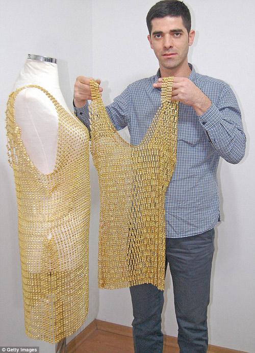 5 chiếc váy dát vàng tiền tỉ cực kỳ xa xỉ - 5