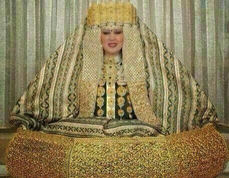 5 chiếc váy dát vàng tiền tỉ cực kỳ xa xỉ - 8