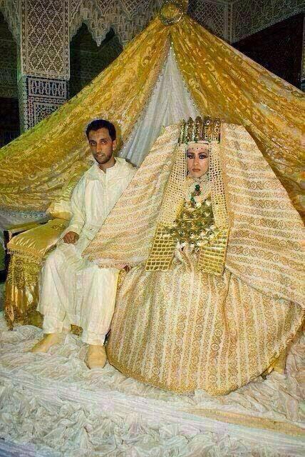5 chiếc váy dát vàng tiền tỉ cực kỳ xa xỉ - 7