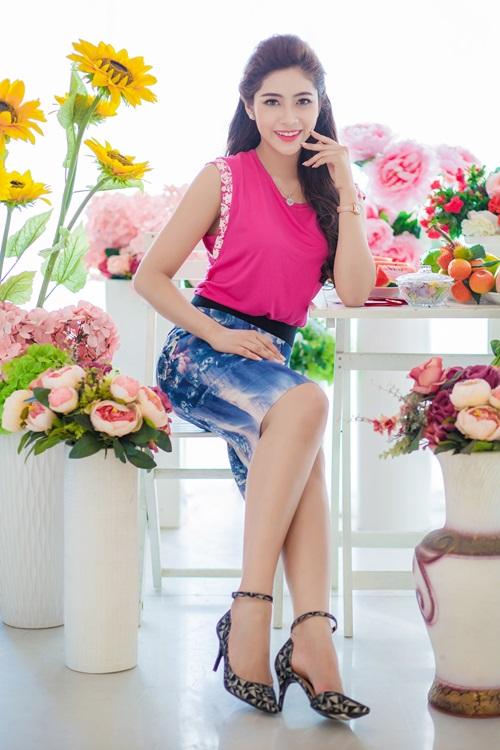 Hoa hậu Đặng Thu Thảo đẹp đôi bên MC Vũ Mạnh Cường - 4