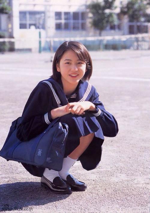 Những ngọc nữ Nhật thuần khiết trong trang phục nữ sinh - 7