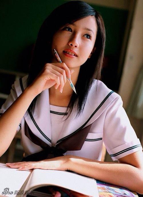 Những ngọc nữ Nhật thuần khiết trong trang phục nữ sinh - 10