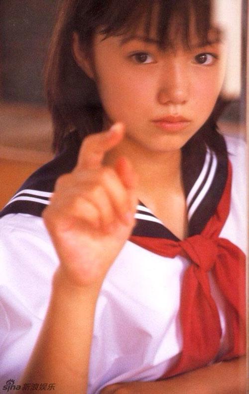 Những ngọc nữ Nhật thuần khiết trong trang phục nữ sinh - 16