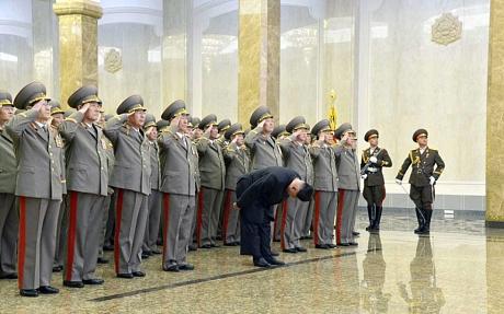 Triều Tiên bắn pháo hoa dịp sinh nhật ông Kim Jong-il - 2