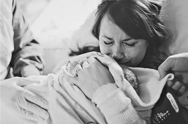Những bức ảnh thiêng liêng giữa con và mẹ - 3