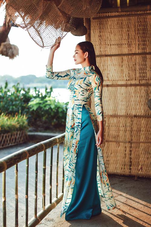 Phan Như Thảo đẹp nao lòng trong tà áo dài nền nã - 6