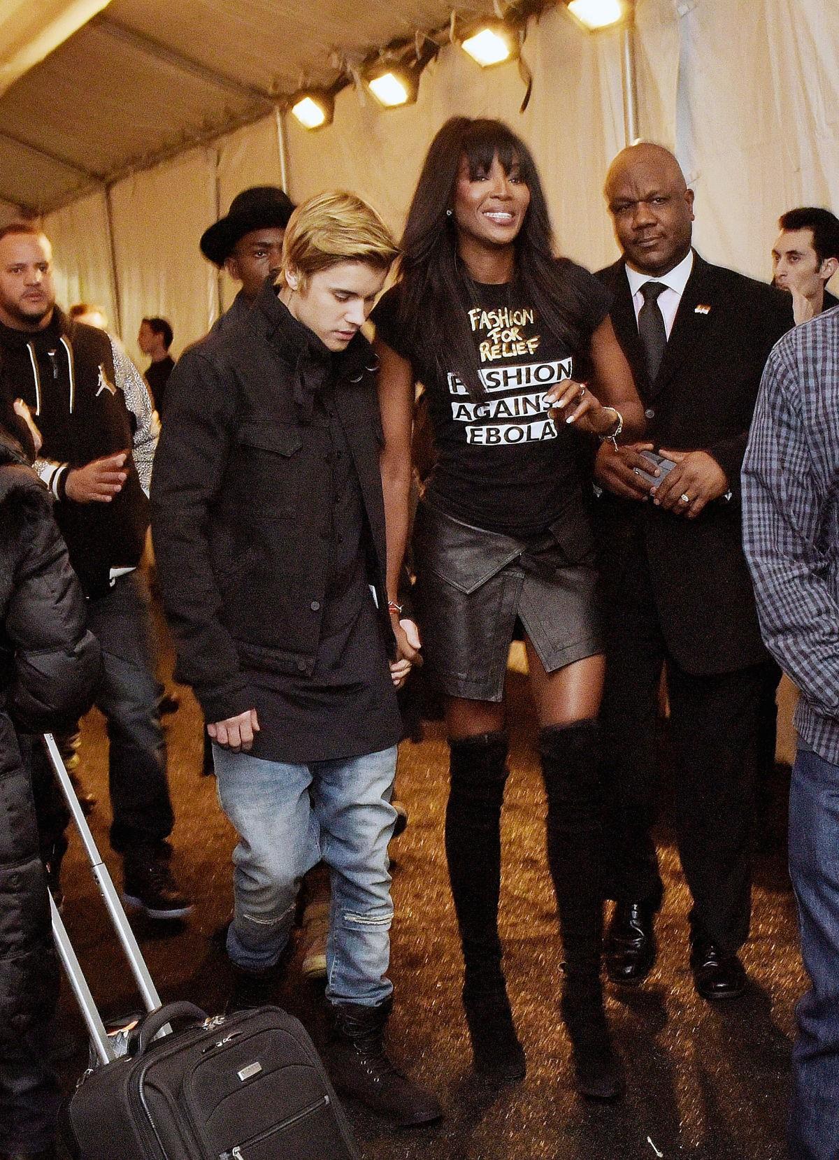 """Justin Bieber dính nghi án """"lái máy bay"""" - 3"""