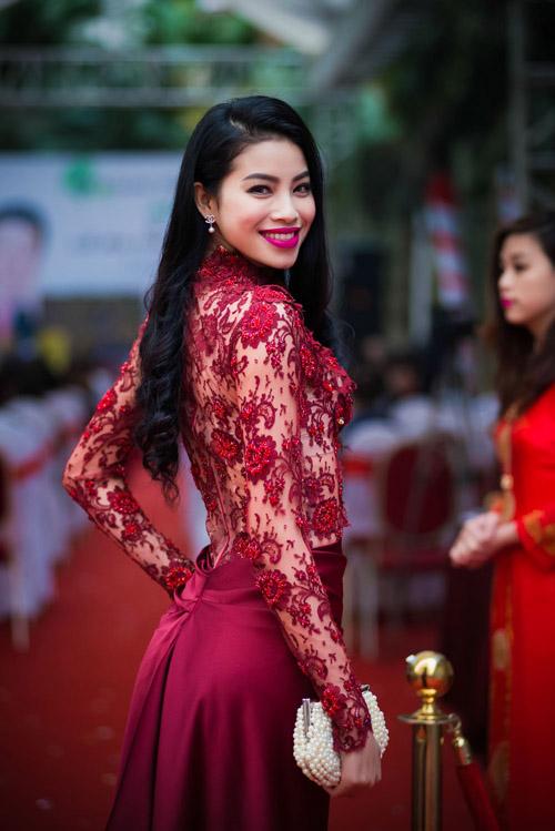 """Á khôi Phạm Hương: """"Vẫn mong được đi thi quốc tế!"""" - 7"""