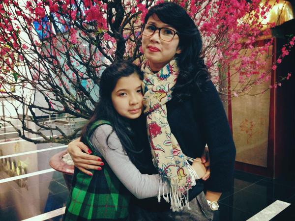 """Trò chuyện cuối năm với bà mẹ bị """"kẹt"""" giữa hai nền văn hóa: MC VTV3 Mỹ Linh - 3"""