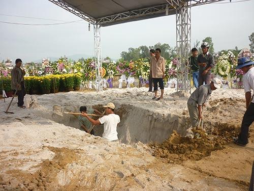 Ông Nguyễn Bá Thanh đã yên nghỉ nơi đất mẹ - 33