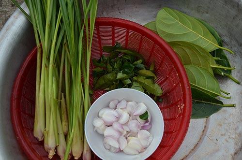 """Chùm ảnh: """"Úp chậu"""" nướng cá ngày Tết ở Nam Định - 3"""
