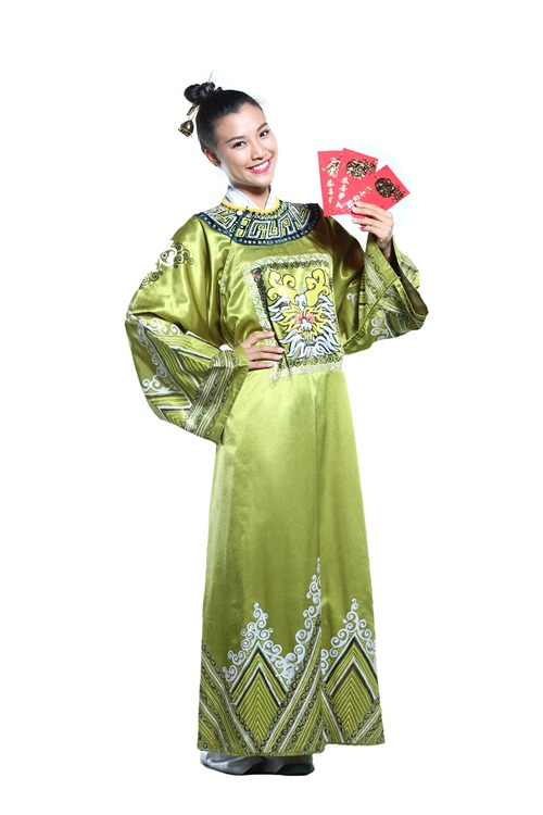 """Thúy Nga, Kathy Uyên, Hoàng Oanh hóa """"Phúc, Lộc, Thọ"""" - 4"""