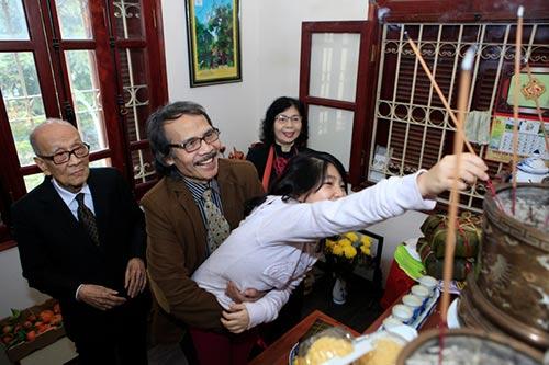 Đón tết cùng gia đình Giáo sư Vũ Khiêu - 2