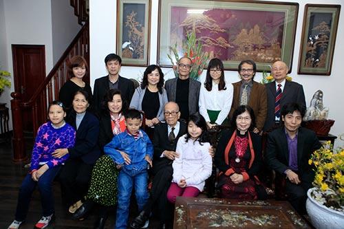 Đón tết cùng gia đình Giáo sư Vũ Khiêu - 6