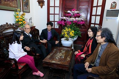 Đón tết cùng gia đình Giáo sư Vũ Khiêu - 3