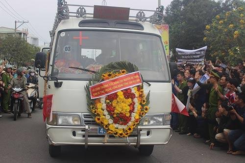 Ông Nguyễn Bá Thanh đã yên nghỉ nơi đất mẹ - 14