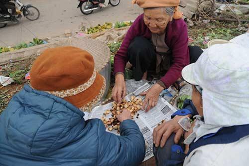 30 Tết đi chợ quê truyền thống ở Thủ đô - 6