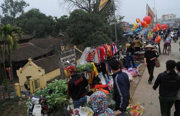 30 Tết đi chợ quê truyền thống ở Thủ đô - 1