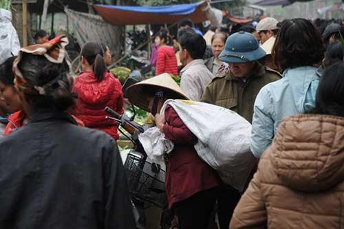 30 Tết đi chợ quê truyền thống ở Thủ đô - 2