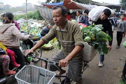 30 Tết đi chợ quê truyền thống ở Thủ đô - 3