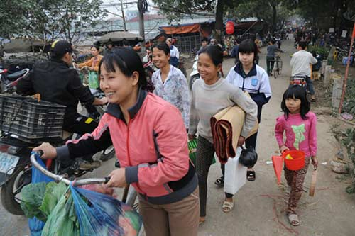 30 Tết đi chợ quê truyền thống ở Thủ đô - 13