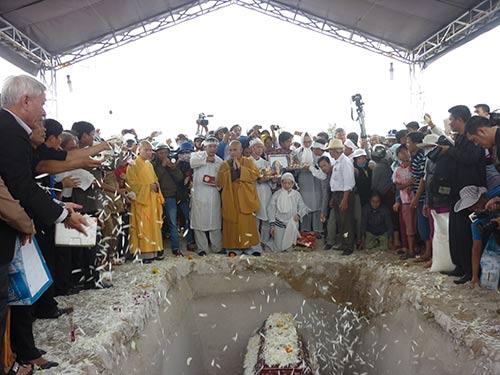 Ông Nguyễn Bá Thanh đã yên nghỉ nơi đất mẹ