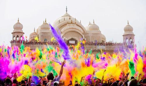 Khám phá 10 lễ hội nhiều màu sắc nhất thế giới - 2