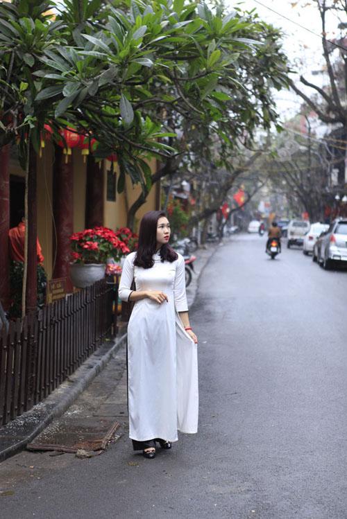 Vẻ đẹp bình yên của Hà Nội trong sáng mùng 1 Tết - 9