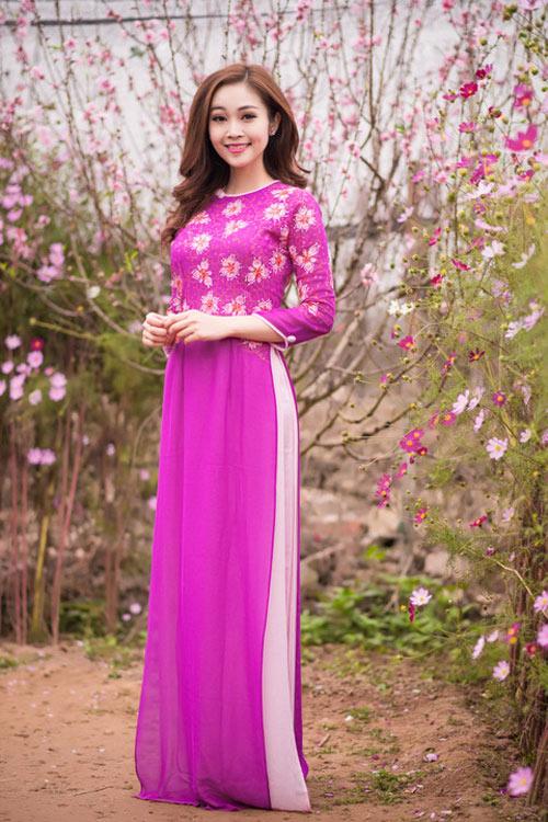 Mỹ nữ Việt đẹp ấn tượng bên hoa cỏ mùa xuân - 2