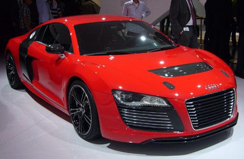 Audi chứng thực việc phát triển Audi R8 e-tron - 1