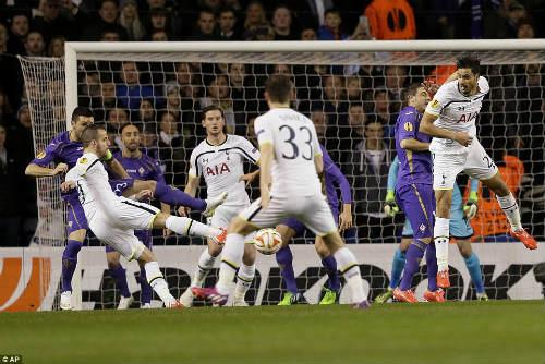 Tottenham - Fiorentina: Tuyệt tác của Soldado - 1