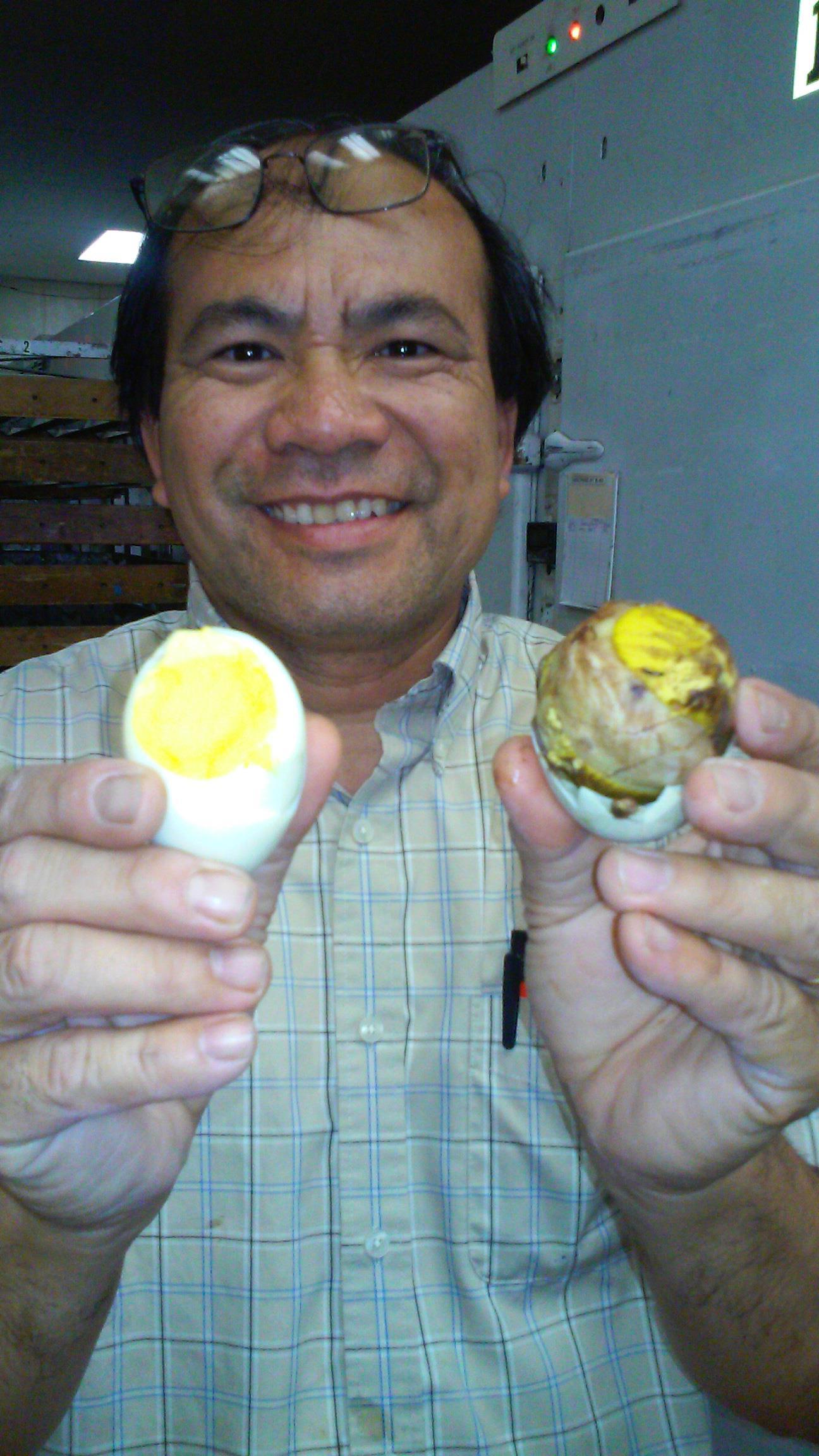 Tết phát tài của vua trứng vịt người Việt tại Mỹ - 1