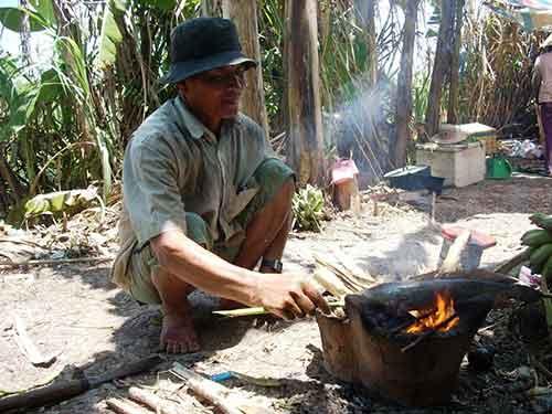 Chùm ảnh: Nông dân Cà Mau chụp đìa cá đồng ngày Tết - 10