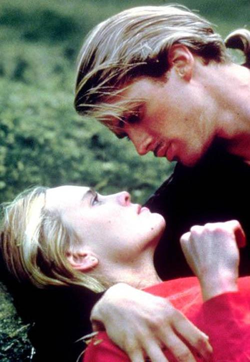 Những nụ hôn lãng mạn nhất mọi thời đại trên màn ảnh - 12
