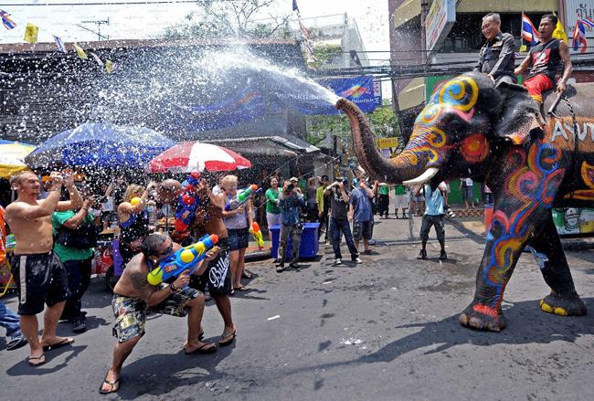 """20 lễ hội """"lạ đời"""" nhất thế giới - 11"""