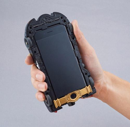 Vỏ iPhone 6 hình xe Batmobile cực ấn tượng - 1