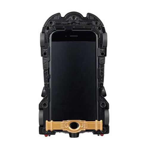Vỏ iPhone 6 hình xe Batmobile cực ấn tượng - 3