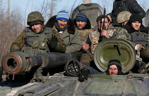 """Châu Âu """"bị bất ngờ"""" trước Putin trong vấn đề Ukraine - 1"""