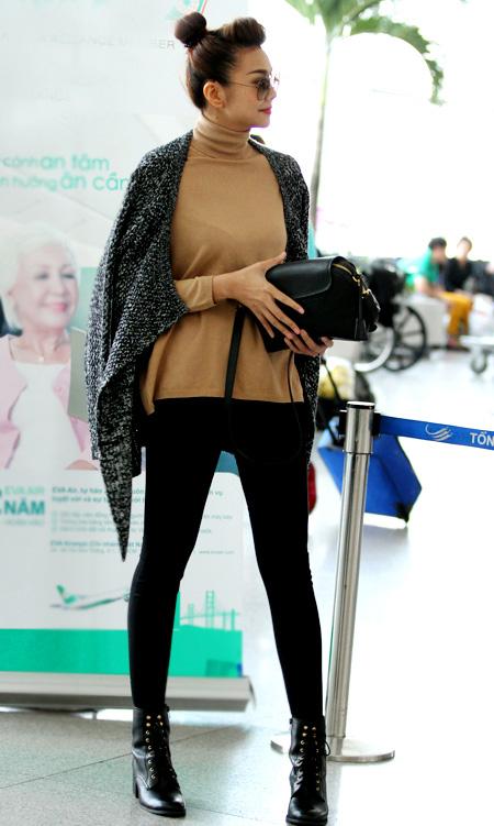 Mặc đẹp và sành điệu như mỹ nhân Việt đi chơi Tết - 18