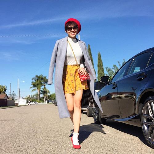 Mặc đẹp và sành điệu như mỹ nhân Việt đi chơi Tết - 16