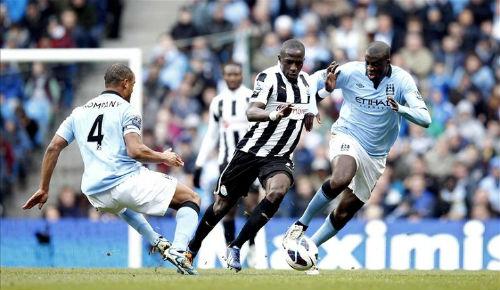 Man City - Newcastle: Bàn đạp đón Barca - 2