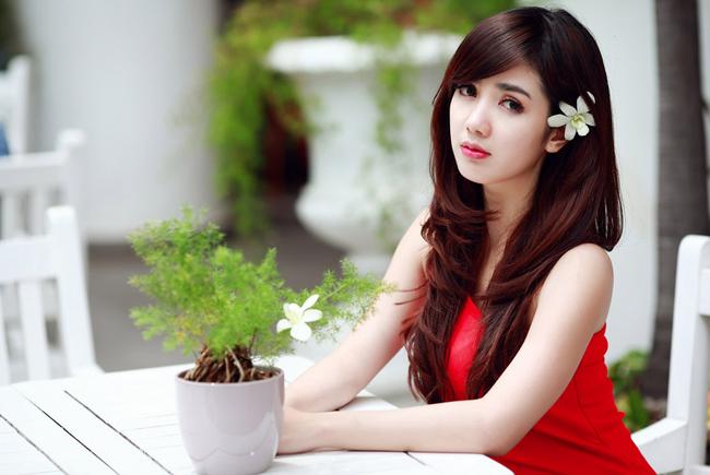 Say lòng trước vẻ đẹp của hot girl tuổi Mùi - 9