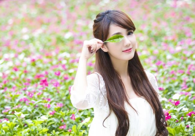 Say lòng trước vẻ đẹp của hot girl tuổi Mùi - 8