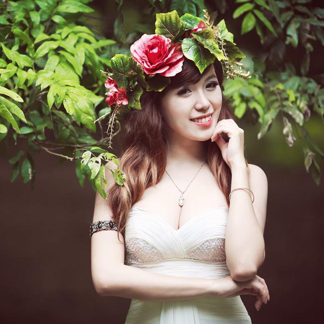 Say lòng trước vẻ đẹp của hot girl tuổi Mùi - 18