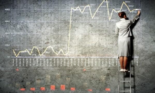 """Phụ nữ đầu tư và tiết kiệm """"khôn"""" hơn đàn ông - 1"""