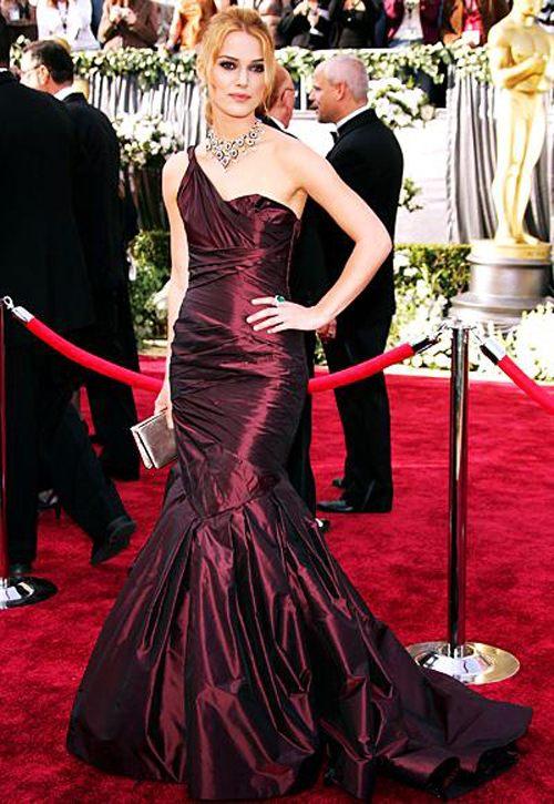 Những minh tinh mặc đẹp nhất qua các kỳ Oscar - 13