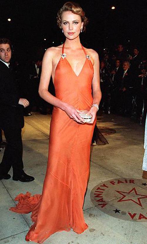 Những minh tinh mặc đẹp nhất qua các kỳ Oscar - 9