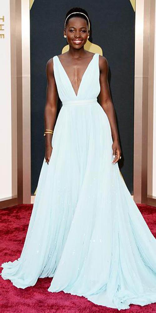 Những minh tinh mặc đẹp nhất qua các kỳ Oscar - 20